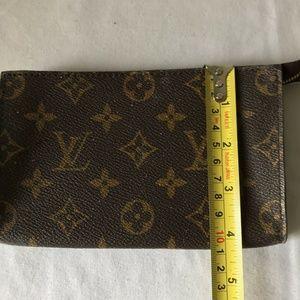 Louis Vuitton Bags - LOUIS VUITTON Monogram Pouch